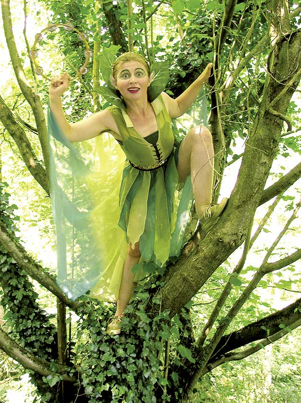 Theaterspektakel mit der Waldfee